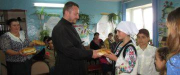 Oră extraculiculară cu genericul «Hristos a înviat!» în școala primară «Haralambie Corbu»