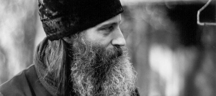 Ortodoxia este viaţă. Dacă nu trăim ortodoxia, pur şi simplu nu suntem ortodocşi, indiferent de ce convingeri formale am avea.