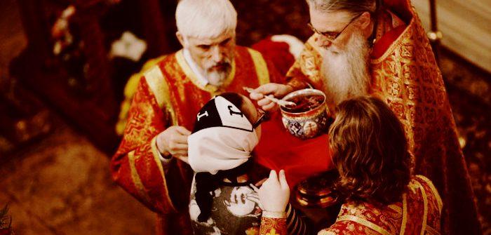 I se dădea Sfânta Împărtășanie cu lingurița, în gura ei nu intra nimic