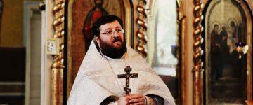 La mulţi şi binecuvântaţi ani părintelui Octavian Moșin!