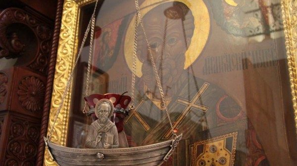 Puterea rugăciunii către sfinți